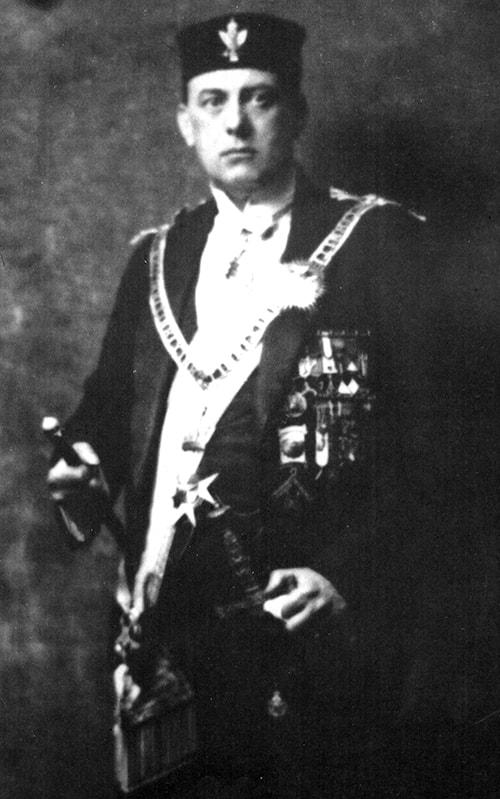 Aleister Crowley - fundador da Thelema